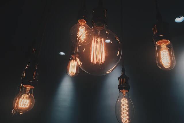 9preguntasantesderentarundepartamento-Luz